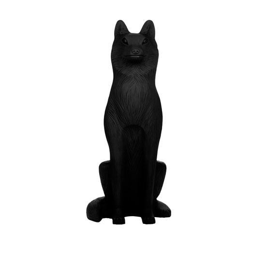狼动物雕塑